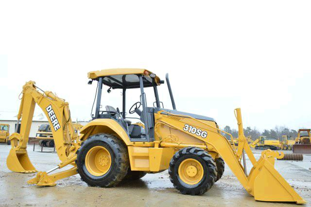 Where to find TRACTOR, BACKHOE 4X4 in Novato